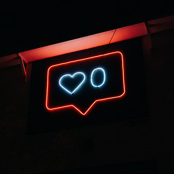 700 neon - Як отримати індикацію подій без спеціального світлодіода