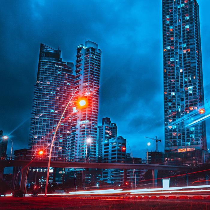 architecture buildings city 700 - Міста ростуть і «розумнішають»: як Smart City змінює міське життя